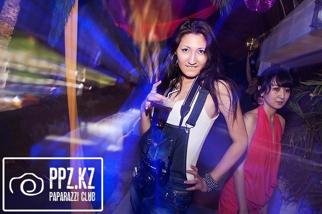 Bikini party @ Khan Shatyr [18/06/11]