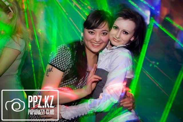 "LOVE IS @ Night Club ""В Dali ot"""